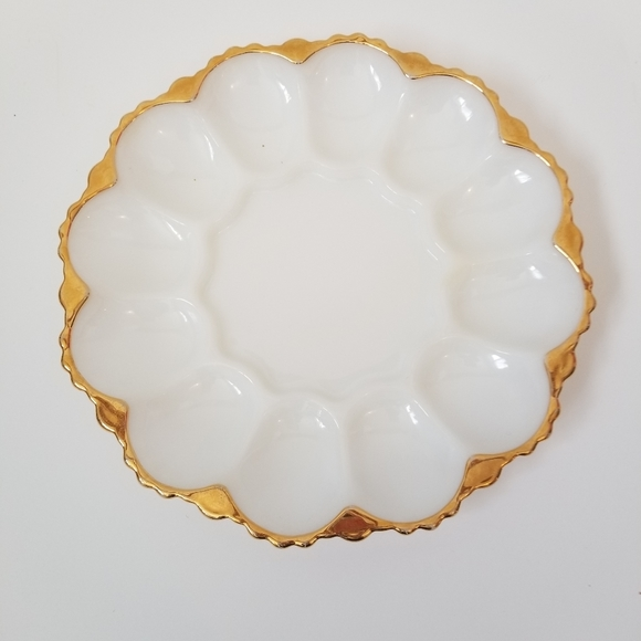 VINTAGE White Milk Glass Deviled Egg Plate Tray